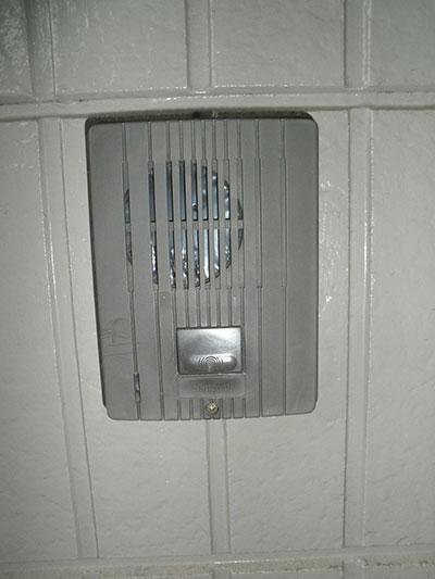 玄関口インターホン